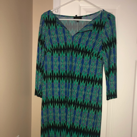 Laundry by Design Dresses & Skirts - Adorable multi colored dress stretchy fit
